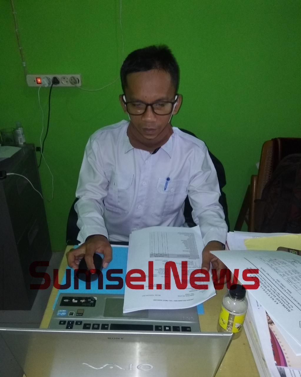 Imron S.Pd selaku Wakil Kepala Bidang Humas MAN OKU Timur