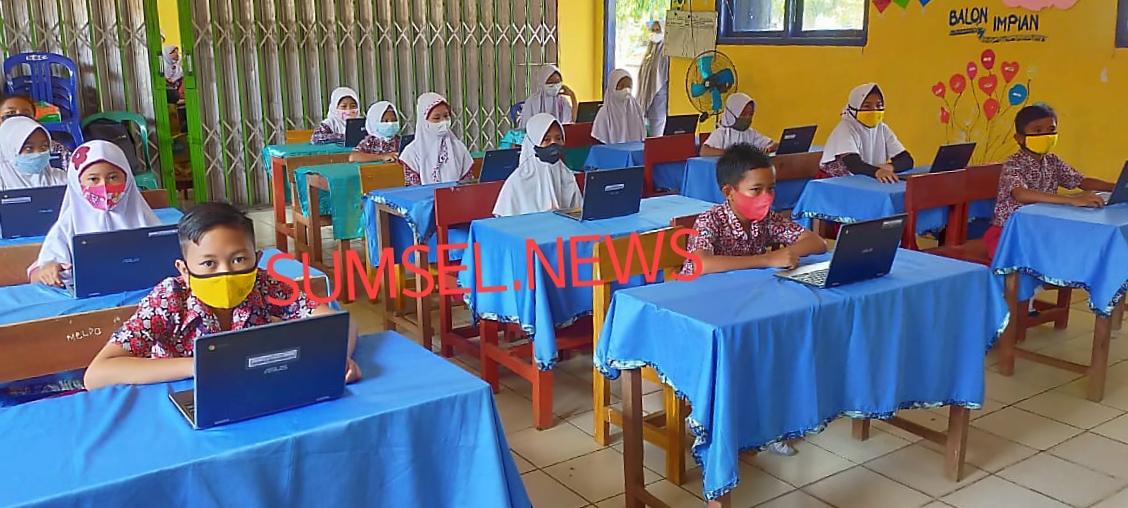 Tampak siswa SDN Batumarta VII sedang mengikuti ANBK online.